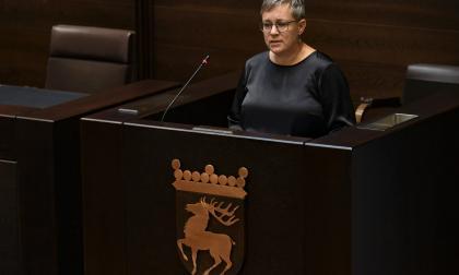 Lagtinget i het debatt om gratis mensskydd